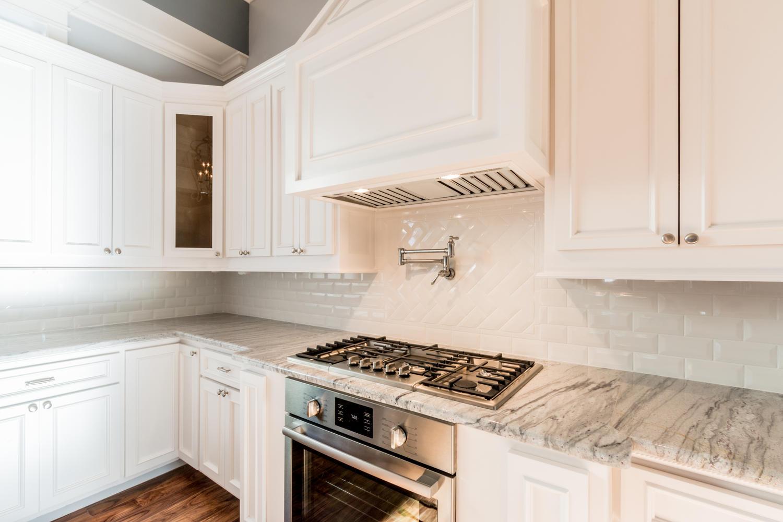 Custom-Sapphire-Home-1732-15th-St-Gulfport-10